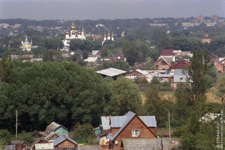 С древнего земляного вала открываются замечательные панорамы. Фото: Игорь Стомахин/Strana.ru. Strana.Ru