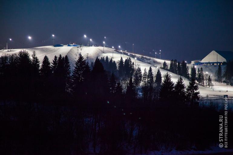 Подмосковный горнолыжный курорт «Сорочаны». Фото: Павел Пелевин / Strana.Ru. Strana.Ru