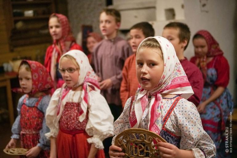 Этнографическая программа «Лекшмозерская вечеруха». Фото: Игорь Стомахин / Strana.ru. Strana.Ru