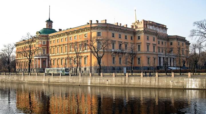 Картинки по запросу фото михайловский замок