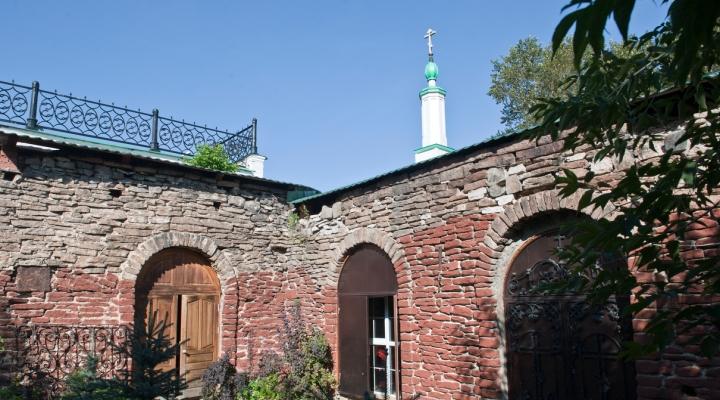 Алапаевск: достопримечательности, фото, видео, отзывы ...: http://strana.ru/places/22914572