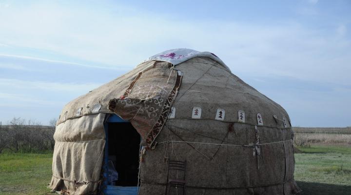 Астраханская область. Село Малый Арал. Стоянка кочевников.